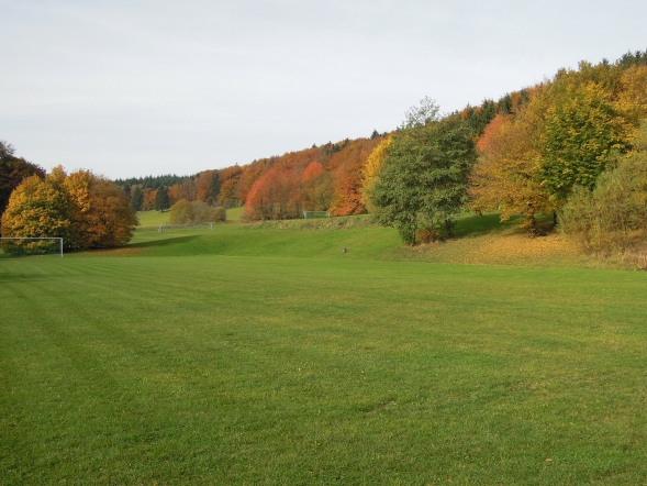 fem-sportplatz2
